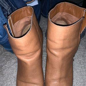 BP. Booties